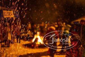 Kulig przy ognisku w Zakopanem